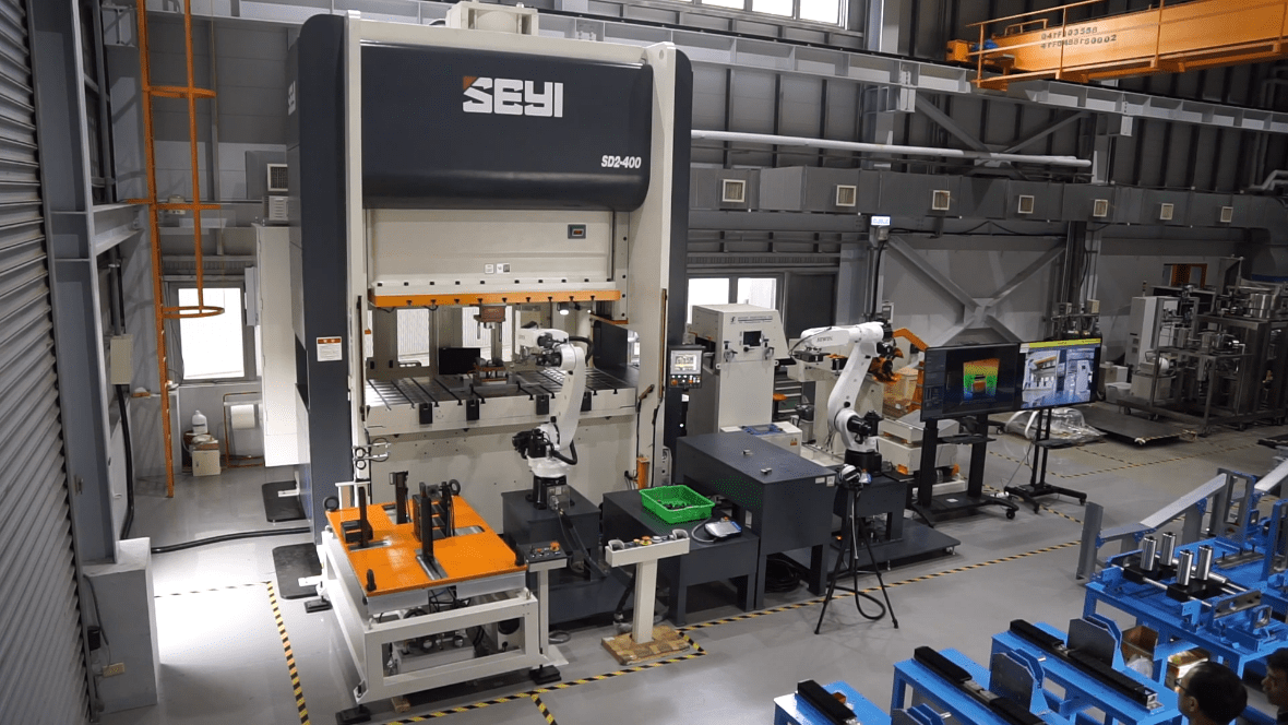 The actual operation of the intelligent manufacturing demonstration field for stamping die
